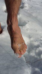 Fuß im Schnee