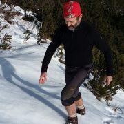 Bergauf im Schnee